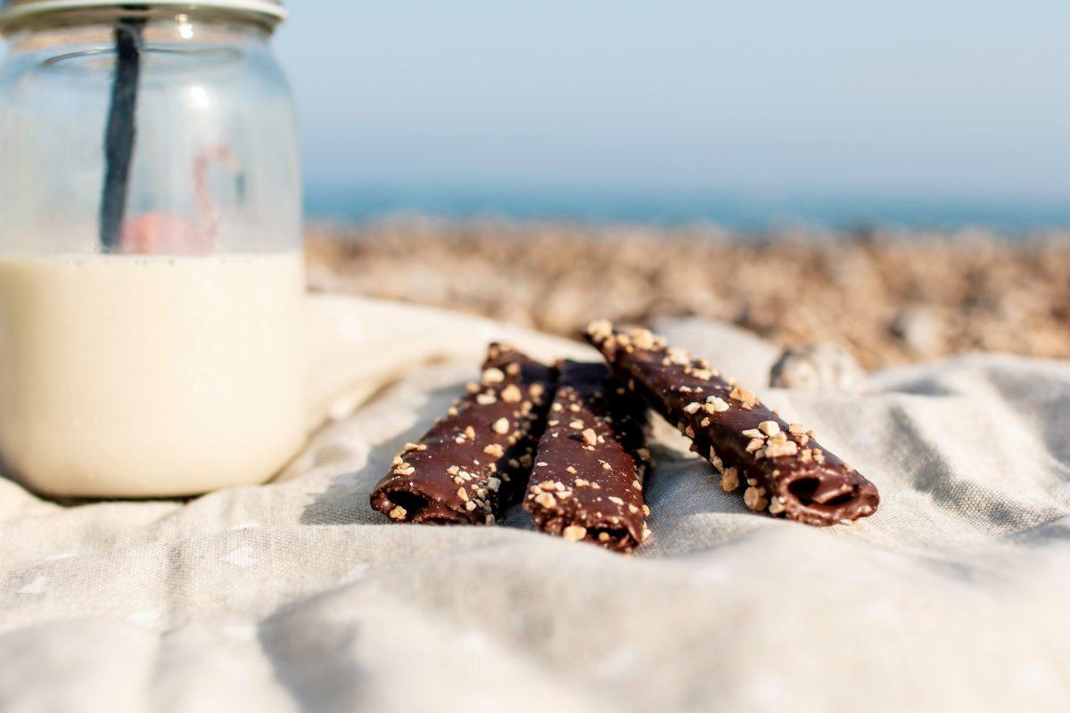 Creps al cacao con crocanti de almendra de Turrón Picó