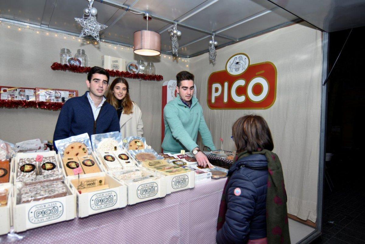 Stand de Turrones Picó en Feria de Navidad de Jijona