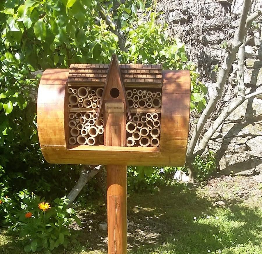Bee and Bee de turrones Picó en Ourense